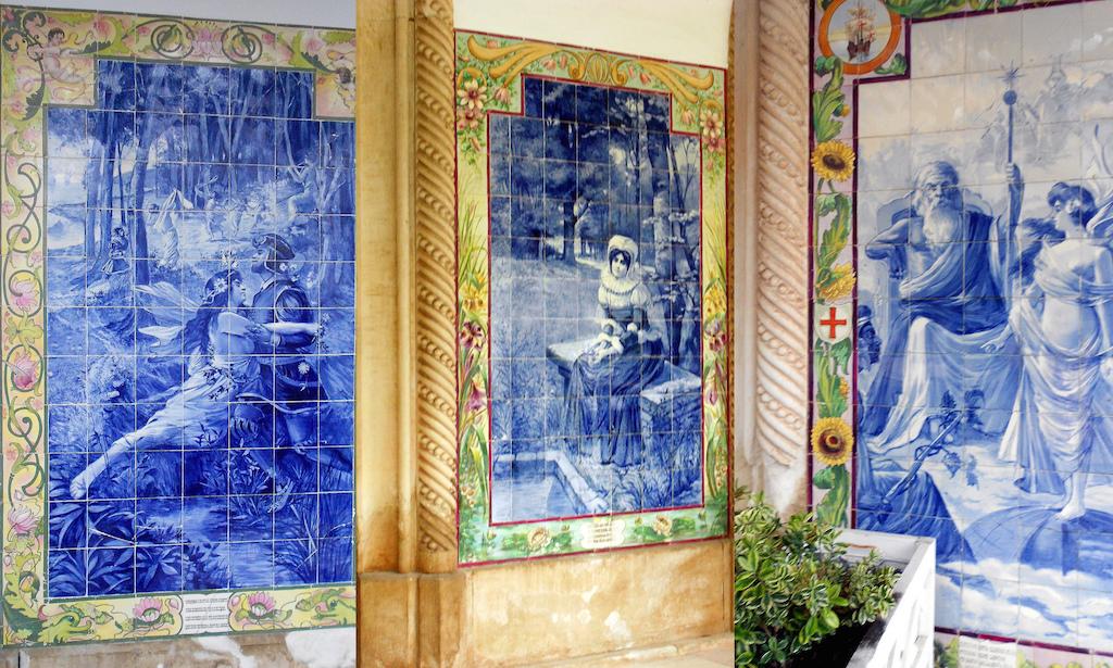 El Portugal los azulejos son arte. Foto de iris.din.