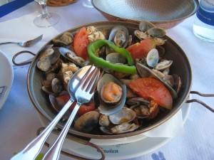 Cataplana de Marisco, plato típico en uno de los restaurantes de Tavira, Portugal (Foto Flickr de Cayetano)