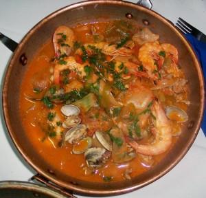 Cataplana de marisco, plato típico en uno de los restaurantes de Algarve, Portugal (Foto Flickr de lele3100