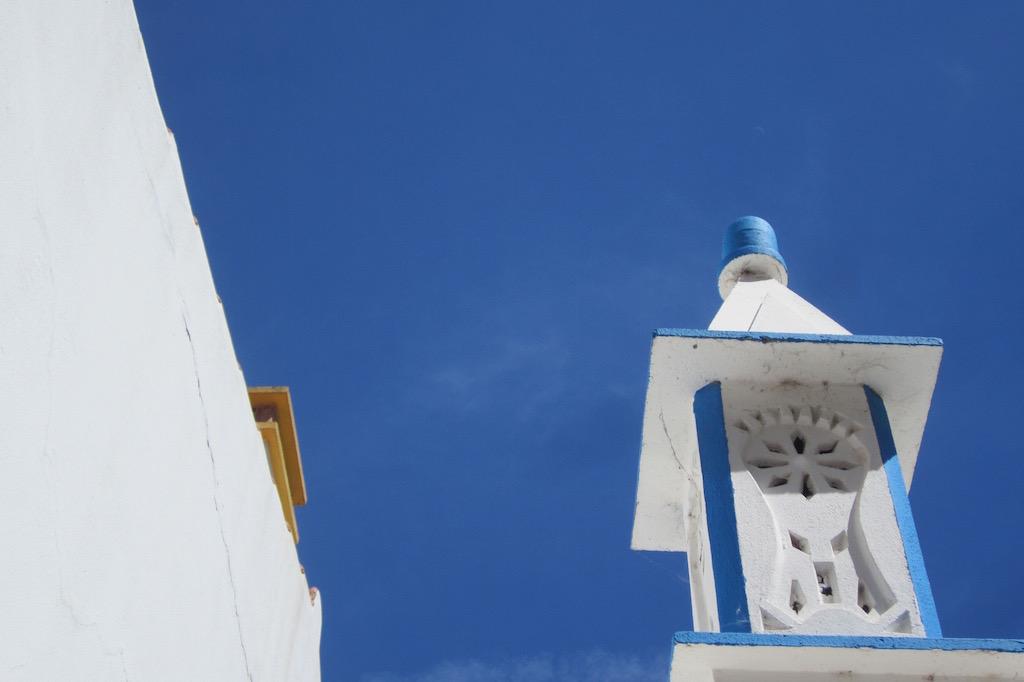 Hasta las chimeneas son bellas en el Algarve. Ⓒ María Calvo.