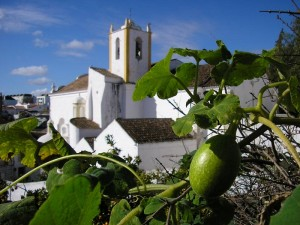 Iglesia de Santiago en Tavira, Portugal (Foto Flickr de José Norton)