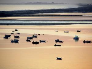 Ría Formosa vista desde el pequeño pueblo de Cacela Velha, Portugal (foto Flickr de André Pipa)
