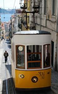 Tranvía en Lisboa (foto Flickr de Carlos Alkmin)