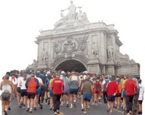 Corredores en el Maratón de Lisboa